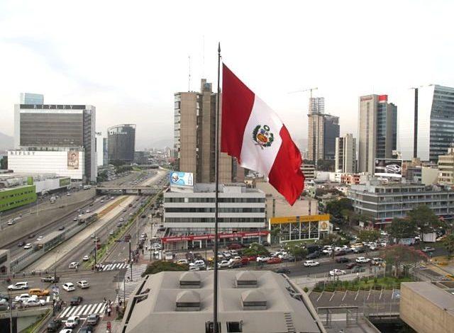 Photo of Perú, el país más golpeado económicamente del planeta por el COVID-19, según Bloomberg