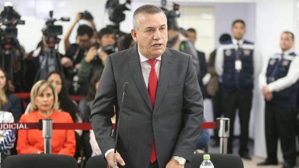 Photo of Juicio oral contra Daniel Urresti por la muerte de periodista Hugo Bustíos comenzará el 2 de setiembre.