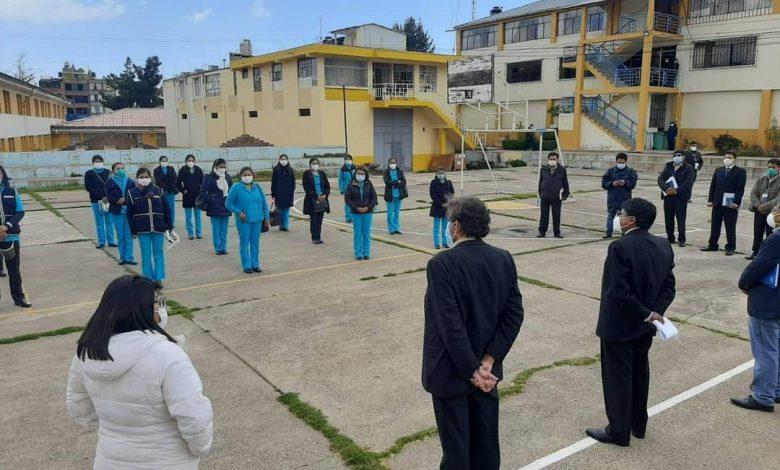 Photo of Puno: Médico y 17 profesionales en enfermería que combatieron el covid-19  en ciudades de Iquitos y Tarapoto apoyarán en la región puno