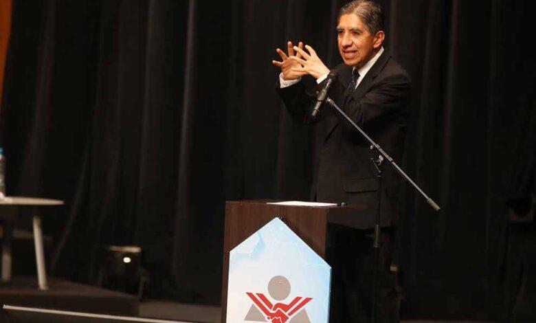 Photo of Avelino Guillén aseguró que Perú Libre reforzará lucha contra la delincuencia y crimen organizado