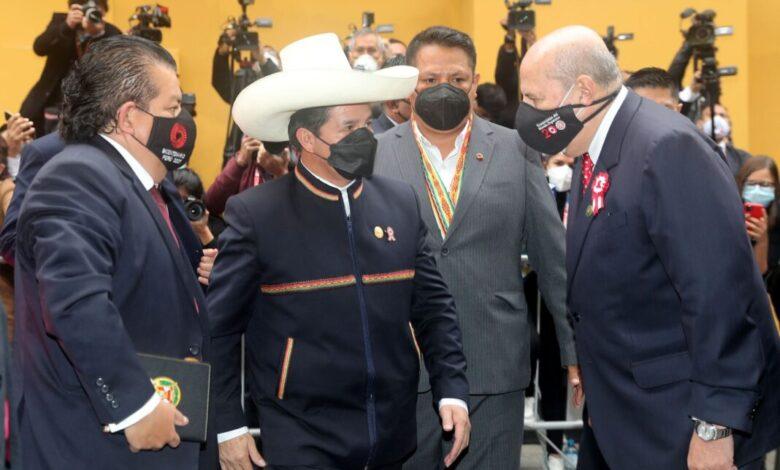 Photo of Presidente Castillo a quienes cuestionan a los ministros: Vamos a debatir en el corazón del Vraem